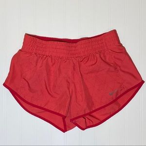Nike workout athletic shorts size small lined
